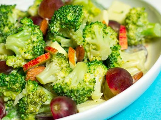 Broccoli_Stem_Salad_3272_HD_700px-2