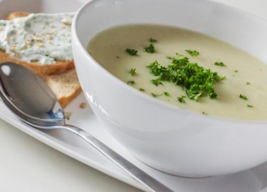 cauliflower_soup-700px